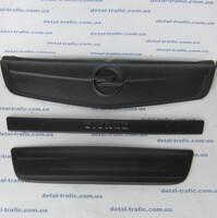 Накладки на решетку с 2006г Opel