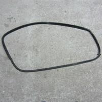 Уплотнитель на стекло (правая сторона)