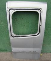Задняя дверь распашонка