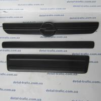 Накладки на решетку до 2006г Opel